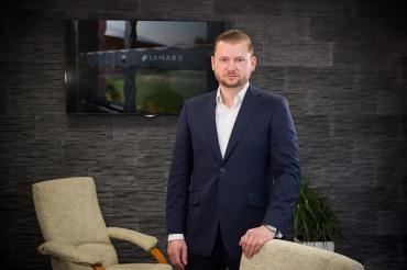 majitel společnosti Milan Kučera, momentka z kanceláře
