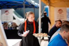 Obsluha cateringu
