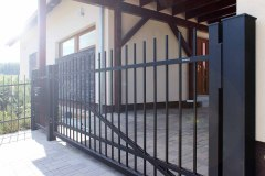 Jednokřídlá otočná brána značky LAMARK
